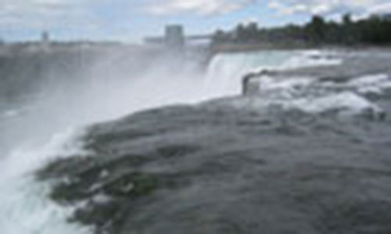 niagra-falls-steam-rising low res